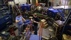 Во время технических работ на коллайдере ВЭПП-2000. Архивное фото