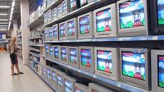 Российское ТВ отменяет развлекательные программы из-за крушения поезда