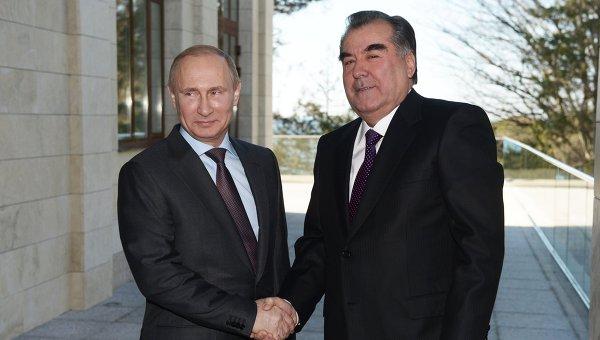 Путин поздравил президента Таджикистана сДнем независимости