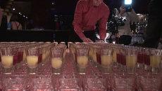 Более 2 тыс коктейлей приготовили бармены Владивостока одним движением руки
