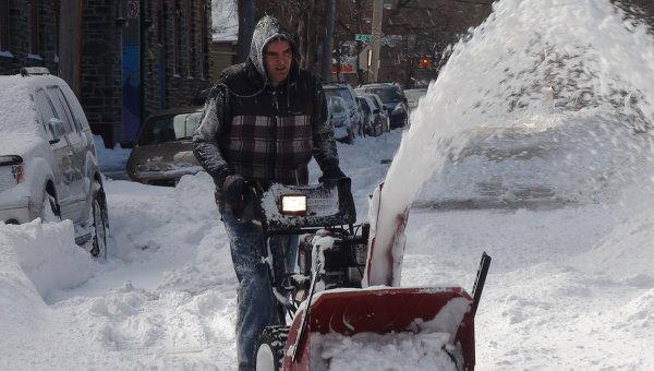 Последствия снежной бури. Архивное фото.