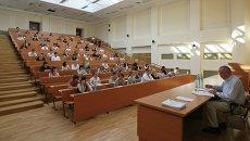 Вступительные экзамены в ВУЗ. Архивное фото