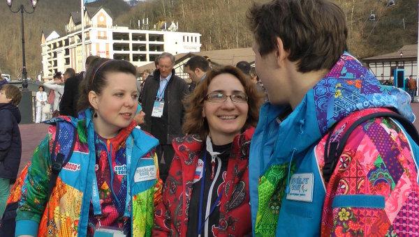 В помощь слабовидящим: как работают волонтеры-тифлокомментаторы в Сочи