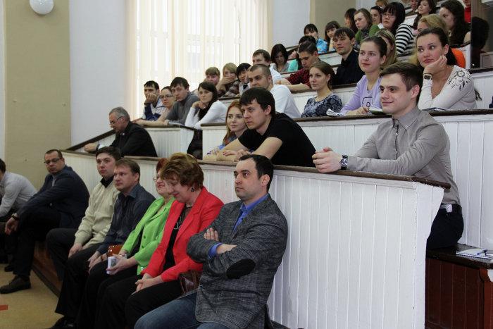 studentka-i-dekan