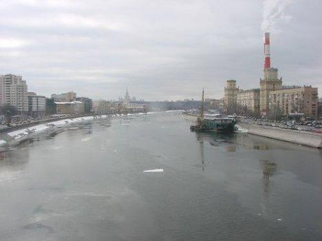 Вид на Москву с моста Богдана Хмельницкого
