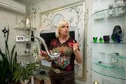 Певица Наталья Гулькина в своей квартире