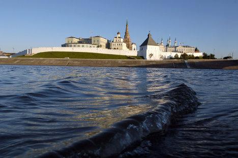 Вид на Казанский Кремль с Волги