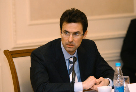Александр Семеняка