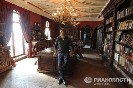 Квартира Никаса Сафронова