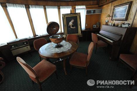 Дом-корабль Виктора Рыбина и Натальи Сенчуковой
