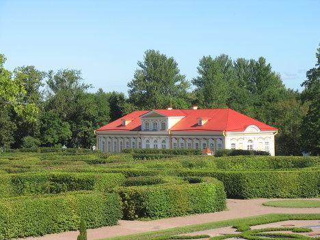 дворцово-парковый ансамблю Ораниенбаум
