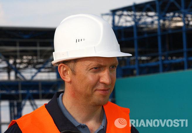 Генеральный директор компании Базовый элемент Олег Дерипаска