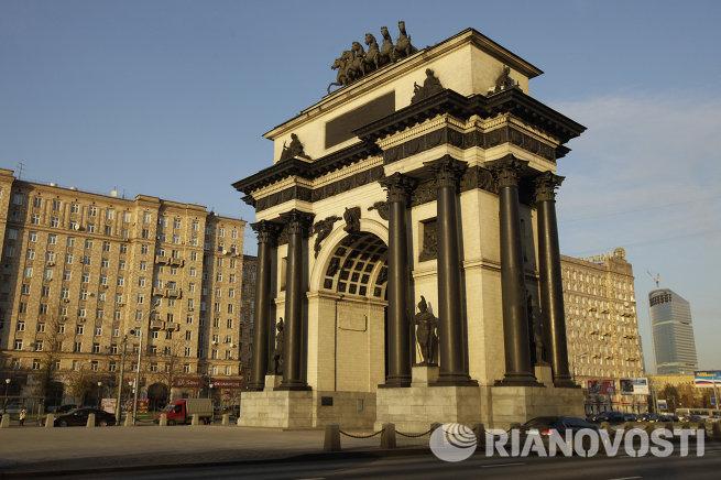 Виды Москвы. Триумфальная арка