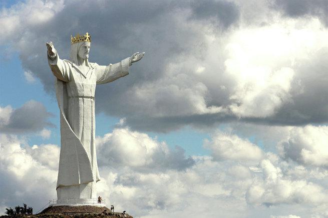 Статуя Царя Христа