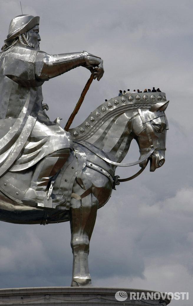 Туристический комплекс Статуя Чингисхана