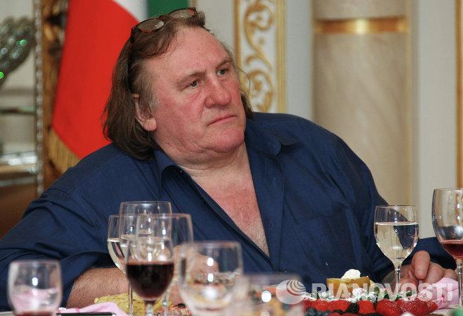 Актер Жерар Депардье прибыл в Грозный