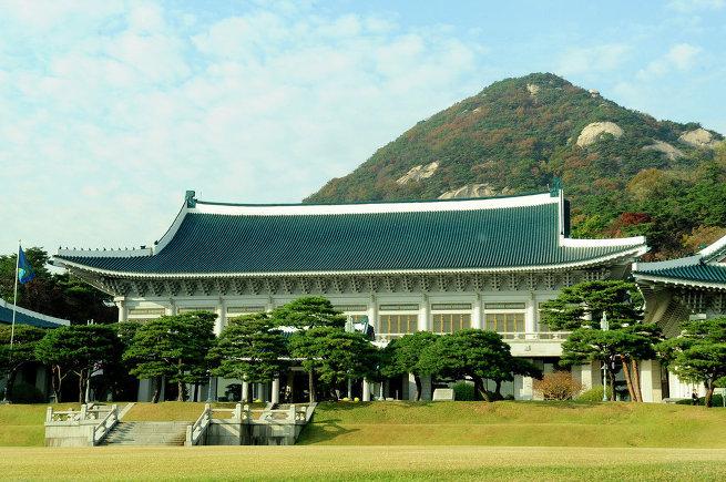 Резиденция президента Южной Кореи Чхонвадэ