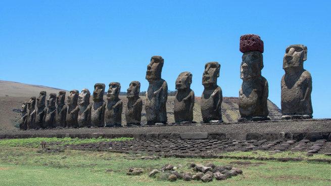 Остров Пасхи, Моаи