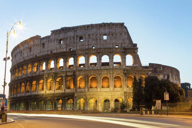 Здание Колизея в Риме