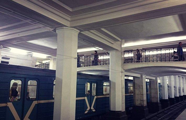 Санция метро Александровский сад