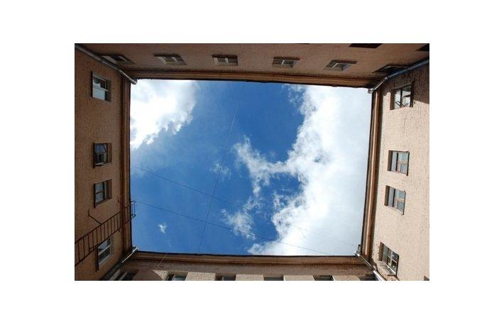 Дом, крыша, небо