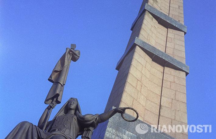 Монумент Дружбы народов в Уфе
