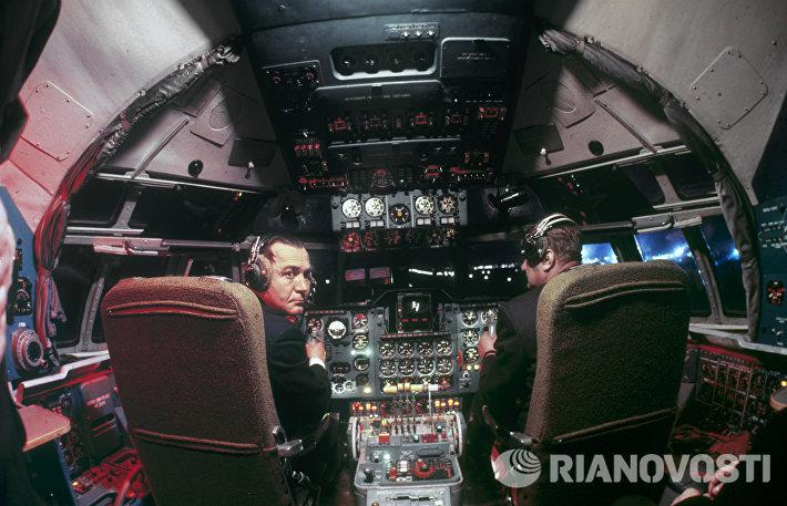 В самолете Ил-62М