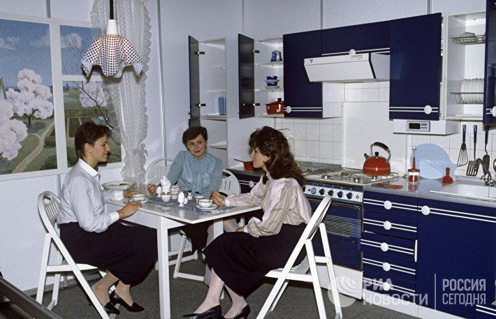 Кухня Эффект производства Сальского мебельного комбината