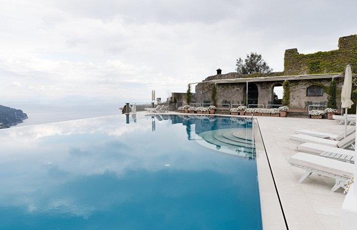 Бассейн в отеле Caruso, Амальфи, Италия